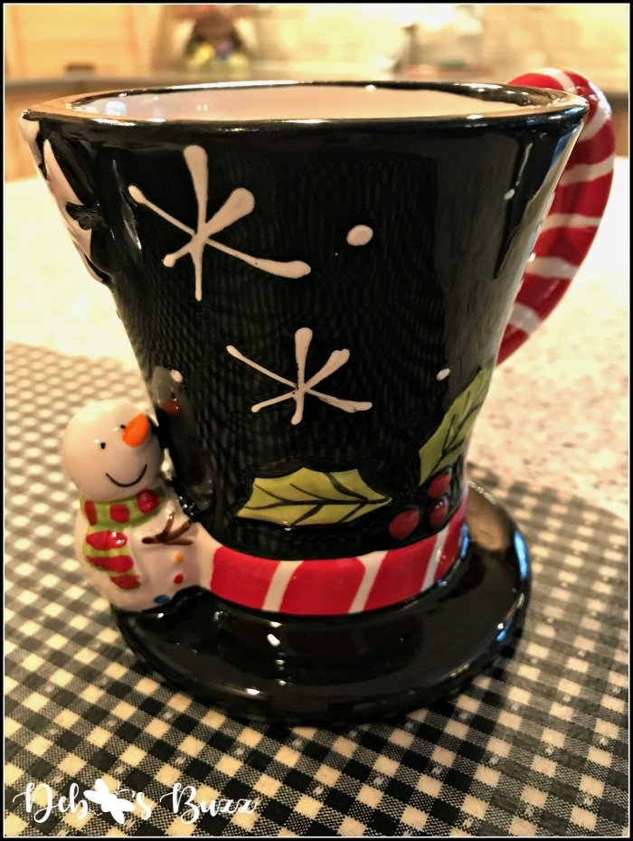 snowman-table-winter-top-hat-mug
