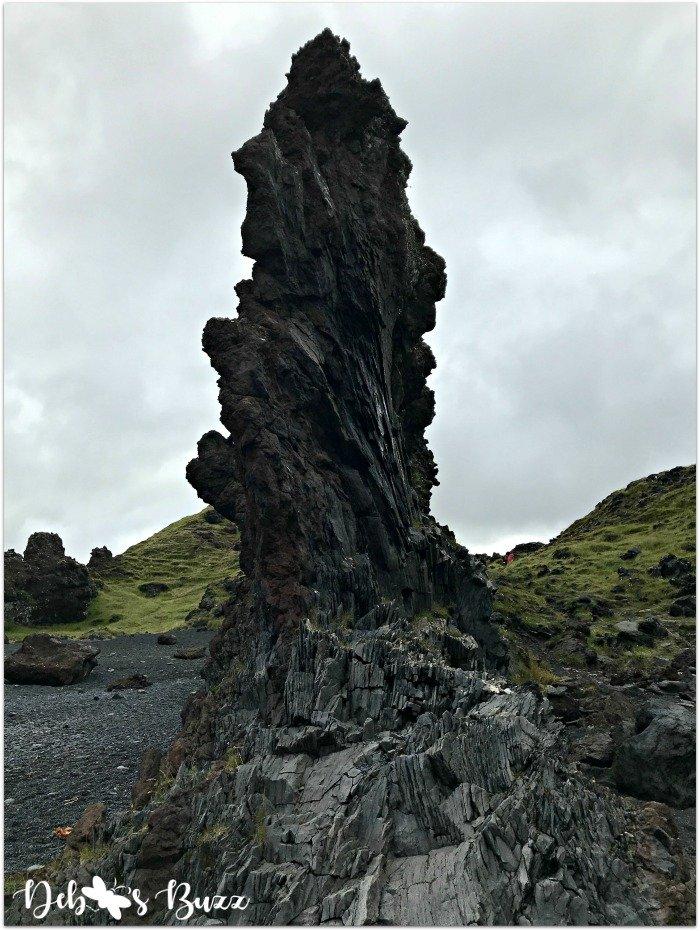 exploring-Iceland-day8-snaefellsbae-rock-Djupalonssandur