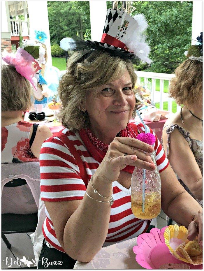 alice-in-wonderland-tea-party-flamingo-lemonade