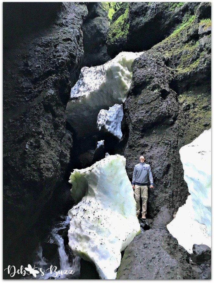 exploring-iceland-day8-Rauofeldsgja glacial-ice