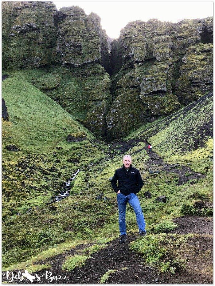 exploring-iceland-day8-crevice-Rauofeldsgja