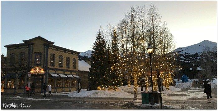 Breckenridge-ski-trip-town-street-twilight