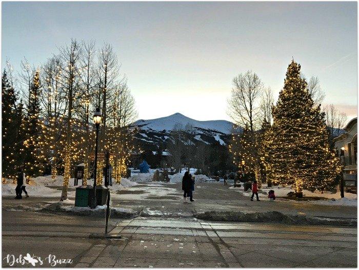 Breckenridge-ski-trip-town-twilight