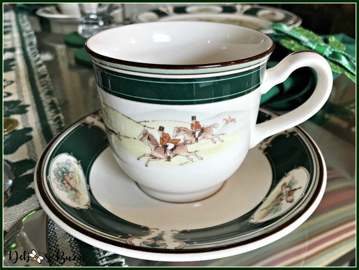 casual-st-patricks-day-table-Ireland-pursuit-teacup-hunt-scene