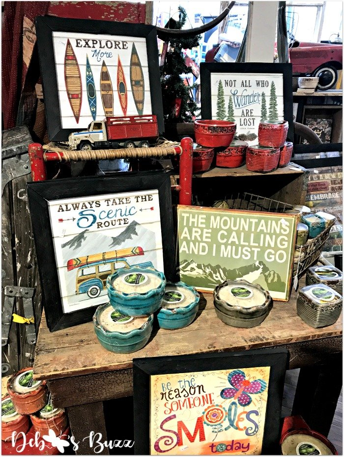 ski-trip-Breckenridge-Colorado-lodge-signs