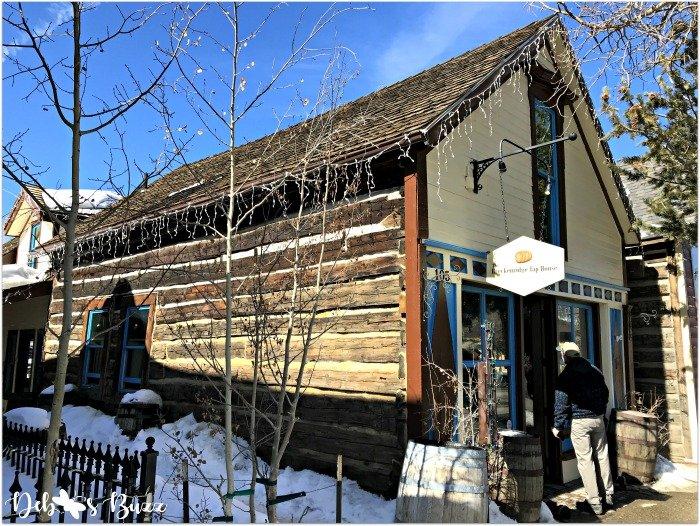 ski-trip-Breckenridge-Colorado-log-cabin-shop