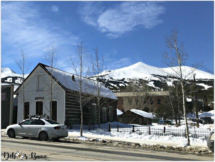ski-trip-Breckenridge-Colorado-street-log-buildings-peaks