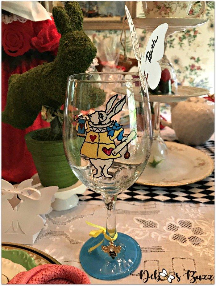 spring-table-alice-wonderland-goblet-white-rabbit