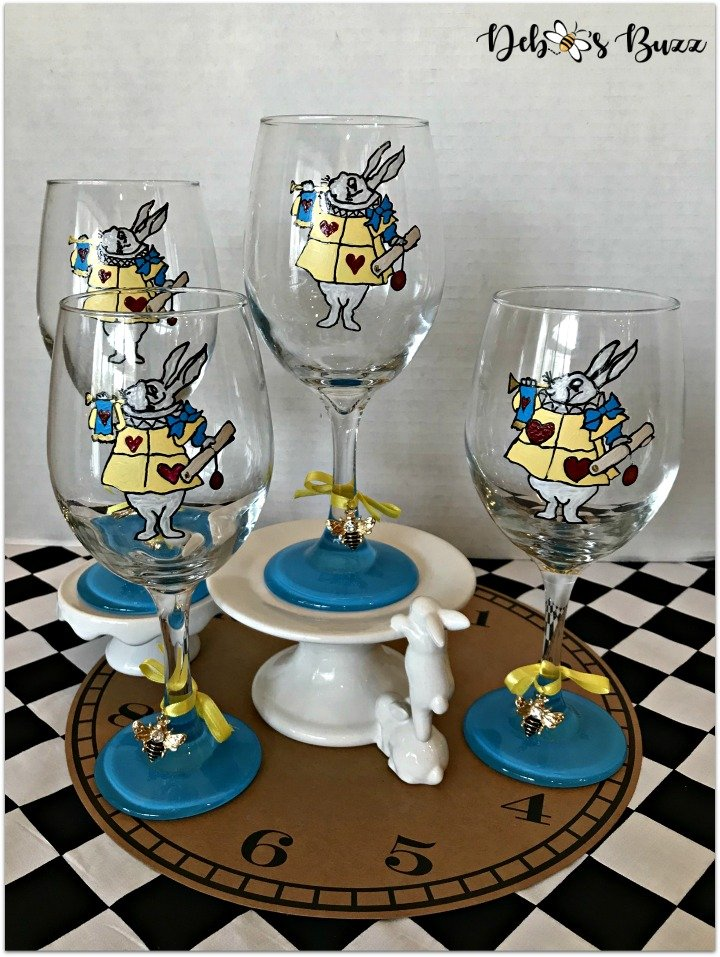 wonderland-hand-painted-glasses-white-rabbit-group