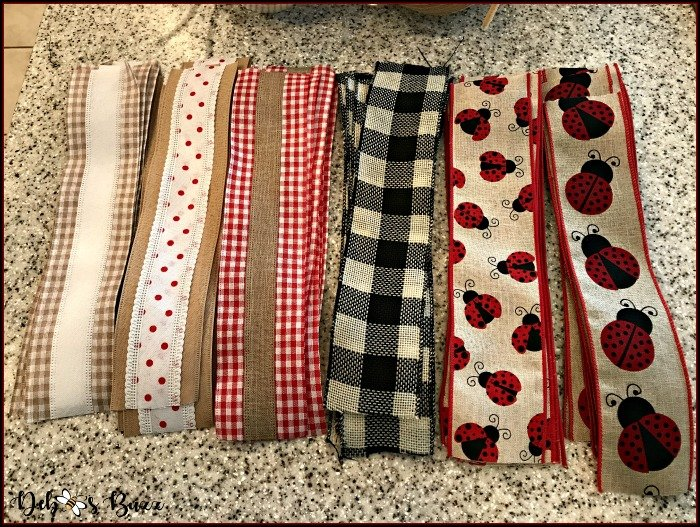 ladybug-deco-mesh-wreath-six-ribbons