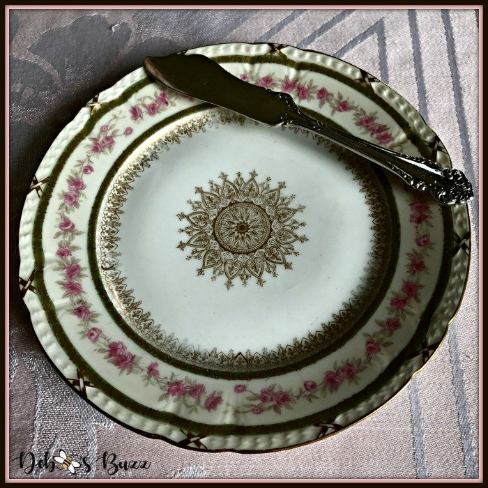 vintage-Easter-table-antique-plate