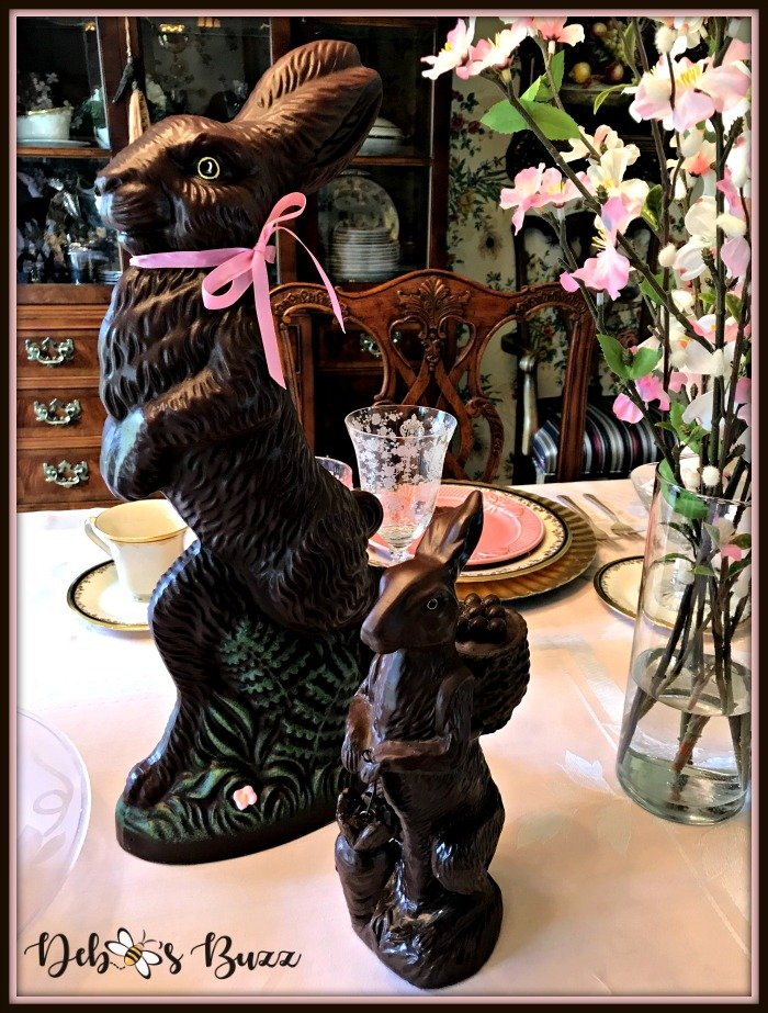 vintage-Easter-table-chocolate-rabbit-duo