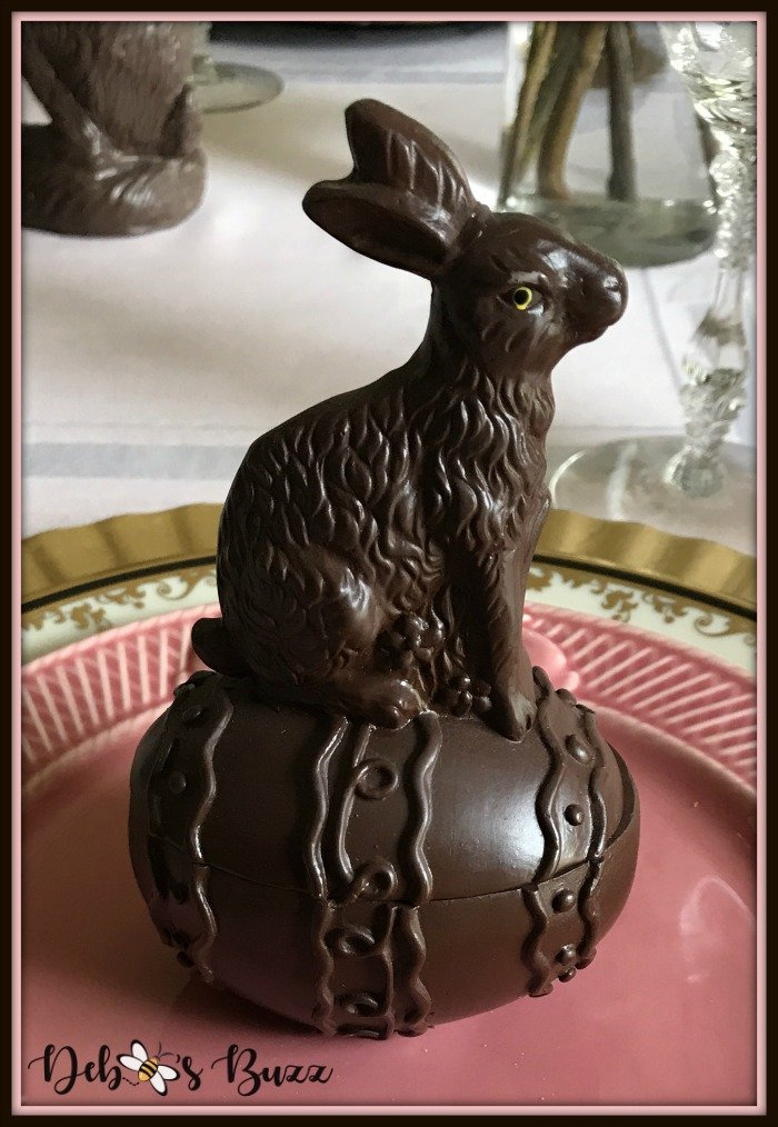 vintage-Easter-table-lidded-chocolate-rabbit-box