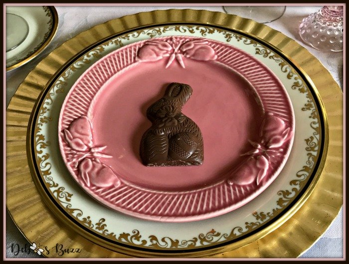 vintage-Easter-table-rabbit-plate