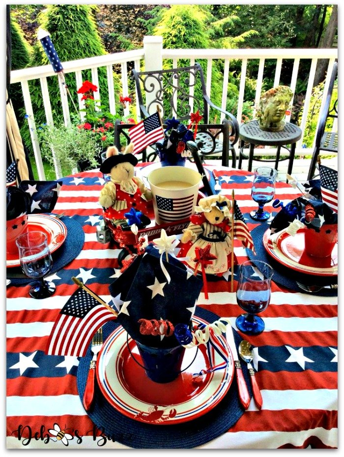 july-fourth-table-place-setting