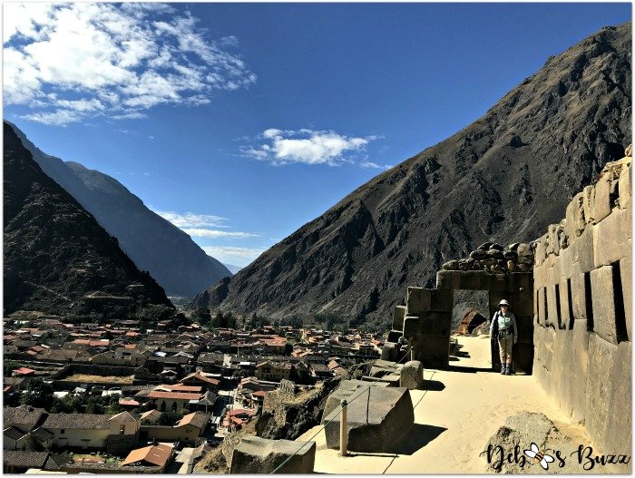 Peru-Sacred-Valley-Ollantaytambo-valley-view