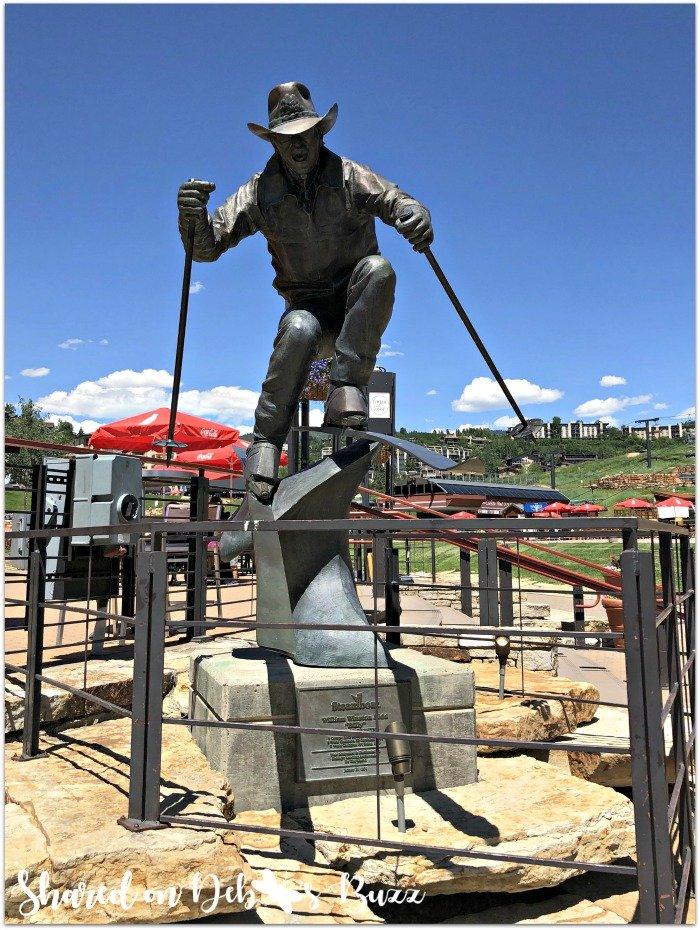 Steamboat-Springs-Colorado-cowboy-skier-statue
