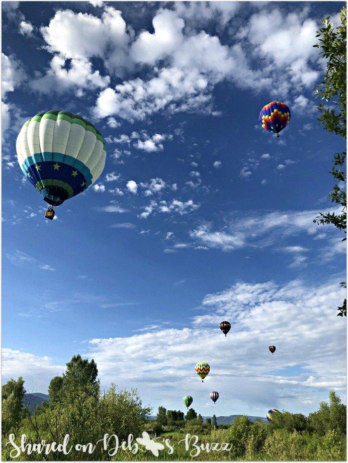 Steamboat-Springs-Colorado-Hot-Air-Balloon-Festival-liftoff