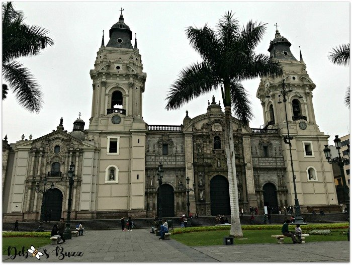 lima-peru-trip-cathedral-exterior