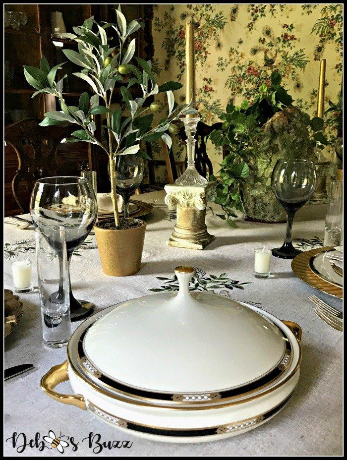Greek-tablescape-covered-vegetable