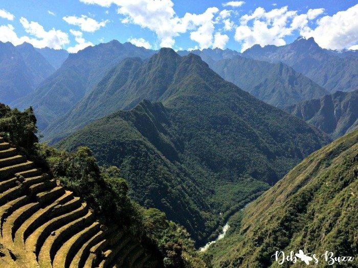 Peru-Inca-trail-winay-wayna-terraces-Andes-river-view