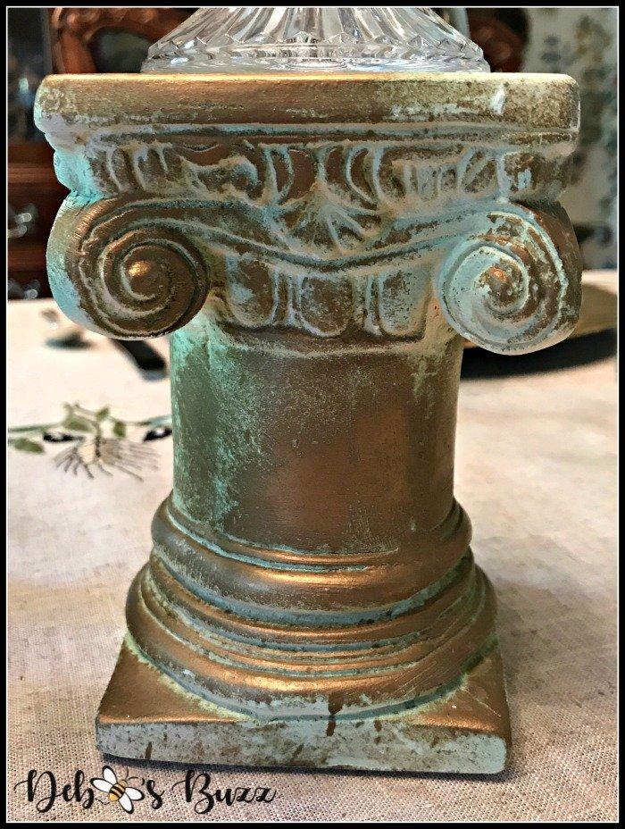 greek-tablescape-gold-column