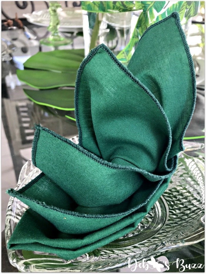 bird-of-paradise-napkin-fold