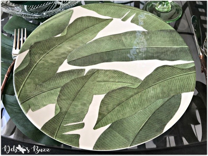 palms-bird-of-paradise-tropic-tablescape-leaf-plate