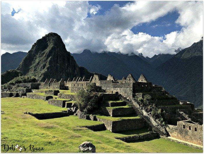 peru-machu-picchu-day2-Huayna-Picchu-Inca-ruins
