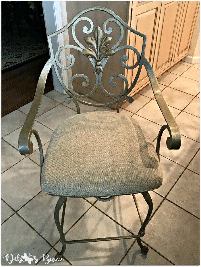 remodeled-kitchen-design-layout-organization-bar-chair