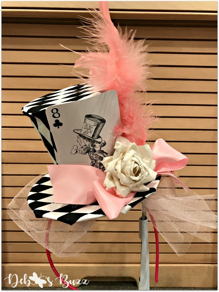diy-mad-hatter-fascinator-pink-feathers