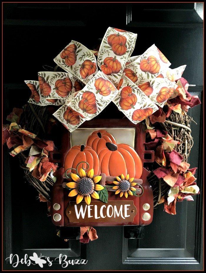 fall-grapevine-wreath-black-door