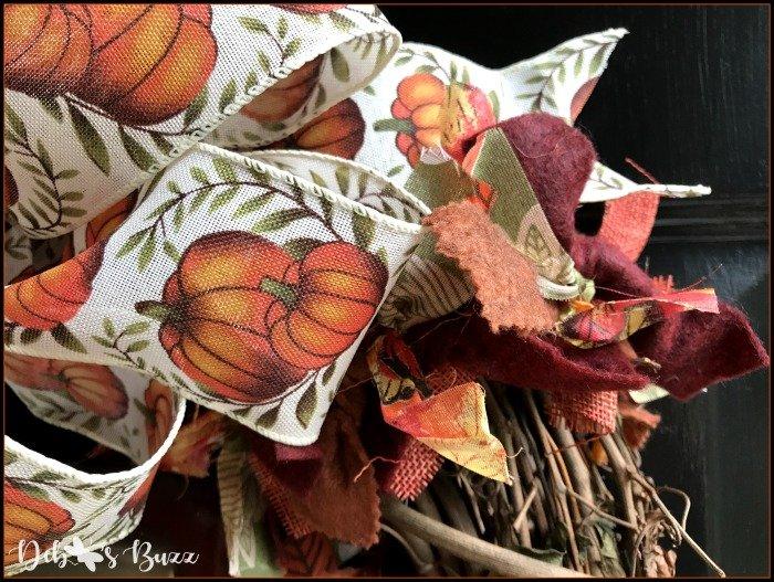 fall-grapevine-wreath-bow-garland-closeup