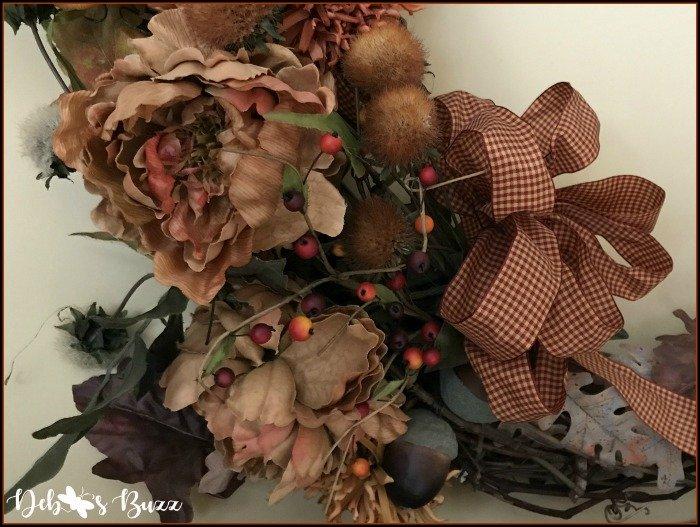 fall-grapevine-wreath-closeup