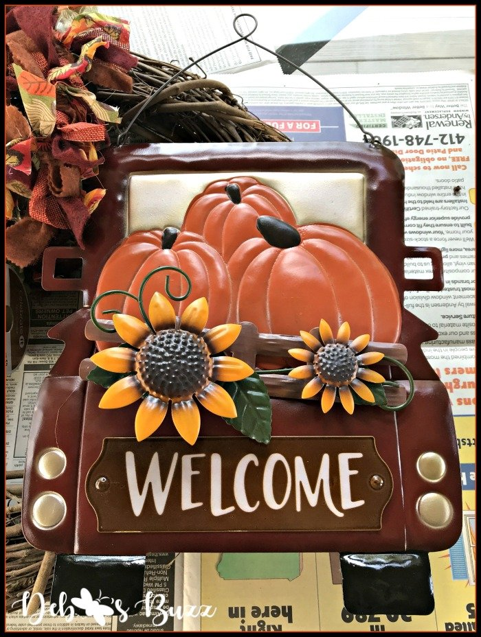 fall-grapevine-wreath-red-flatbed-truck-sign