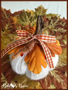 diy-sweater-pumpkin-fall-check-ribbon