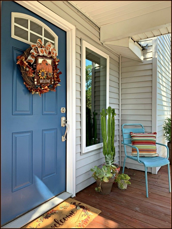 fall-grapevine-wreath-front-porch