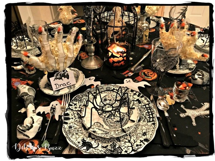 halloween-table-Wiccan-Lace-place-setting