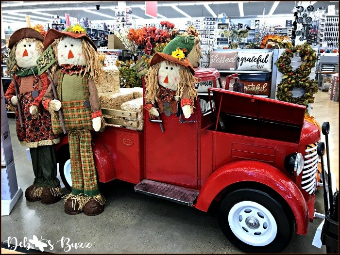 lifesize-scarecrows-red-truck