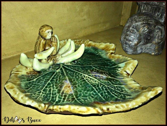 monkey-banana-leaf-plate