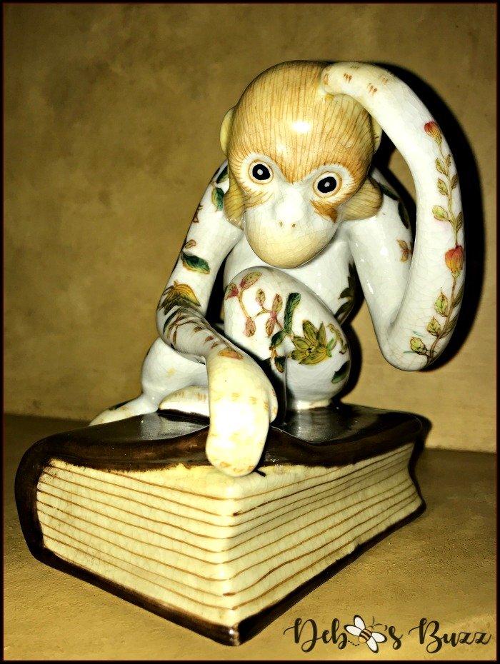 monkey-decor-figurine