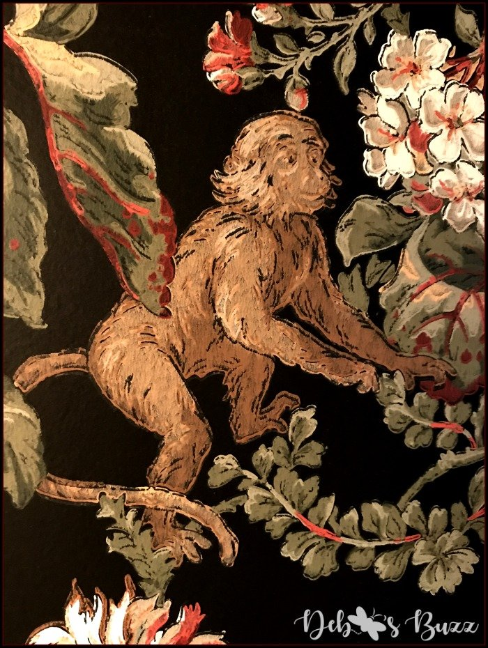 monkey-decor-powder-room-black-wallpaper