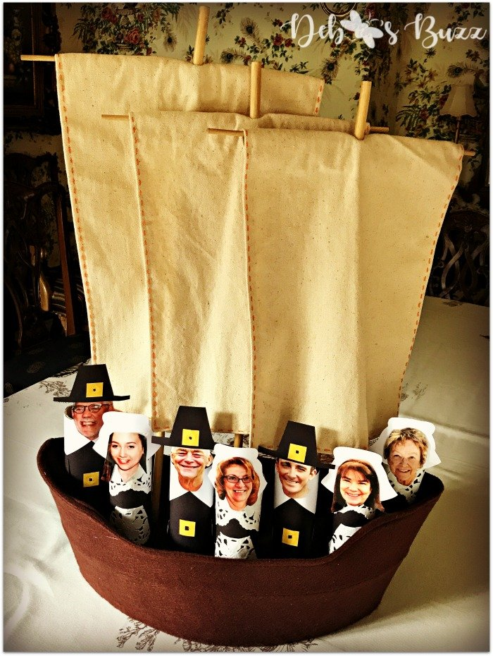diy-Thanksgiving-family-photo-place-cards-aboard-mayflower