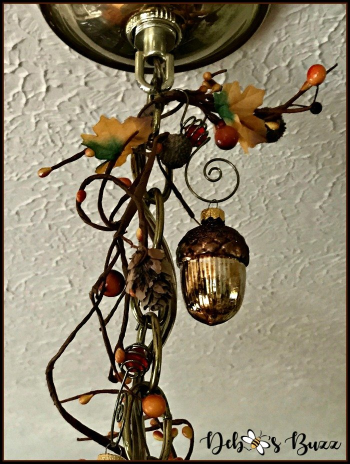 fall-garland-wrapped-around-chain