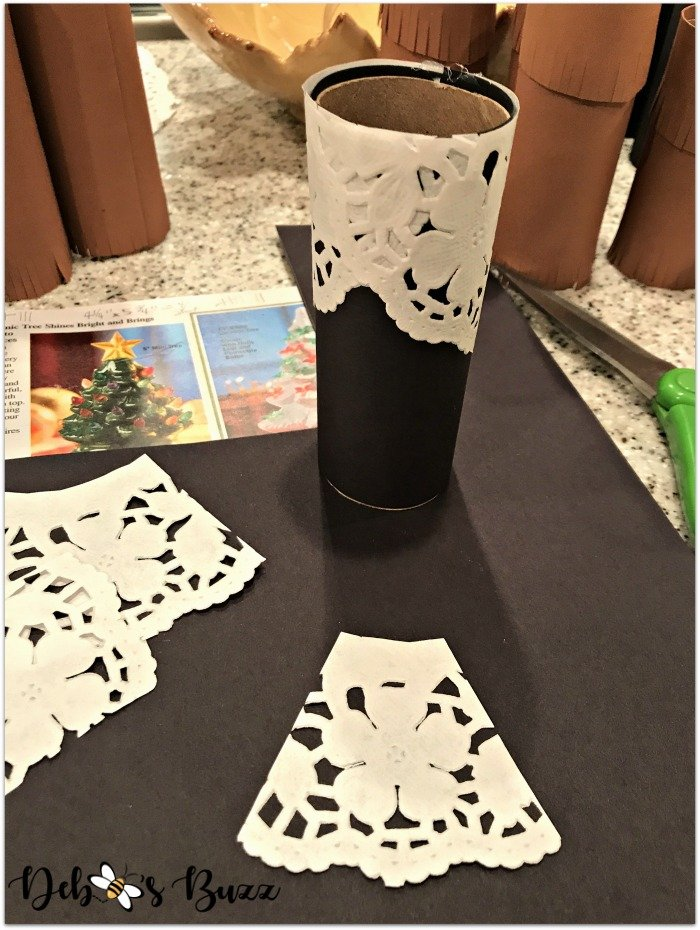 thanksgiving-photo-place-cards-pilgrim-apron