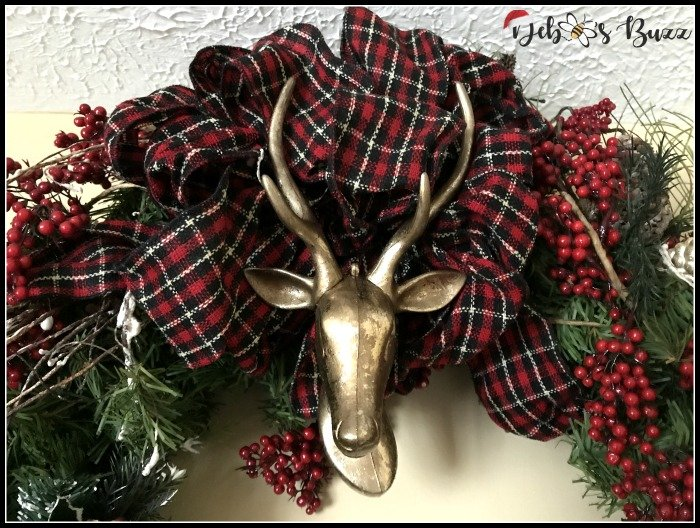 Easily Refresh & Update Christmas Wreaths