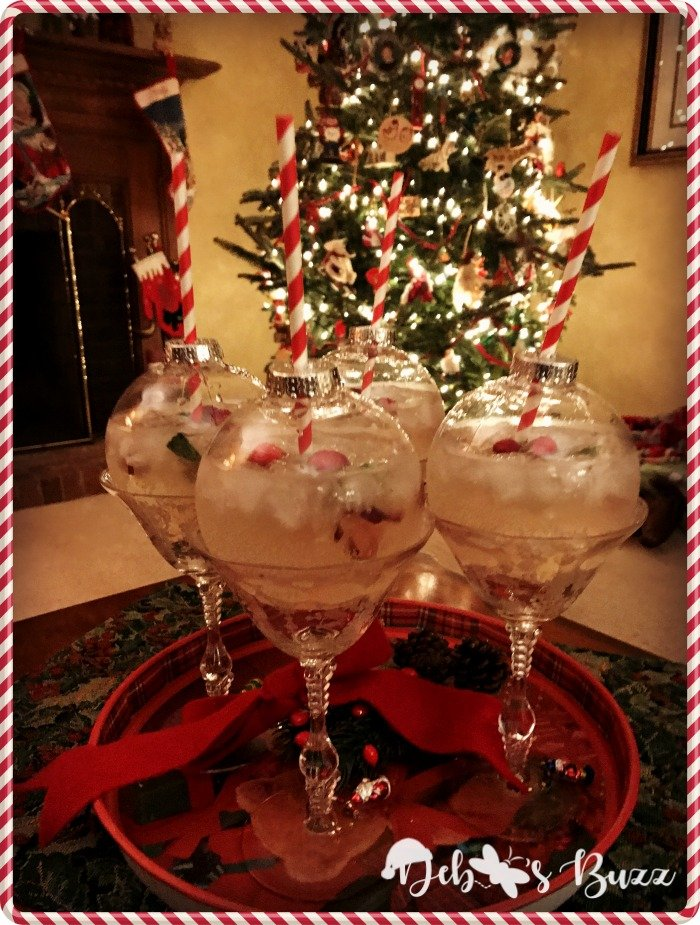 christmas-ornament-ball-drinks