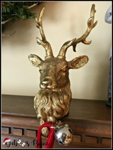 gold-reindeer-stocking-holder