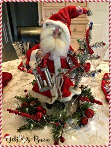 vintage-Santa-figure-centerpiece