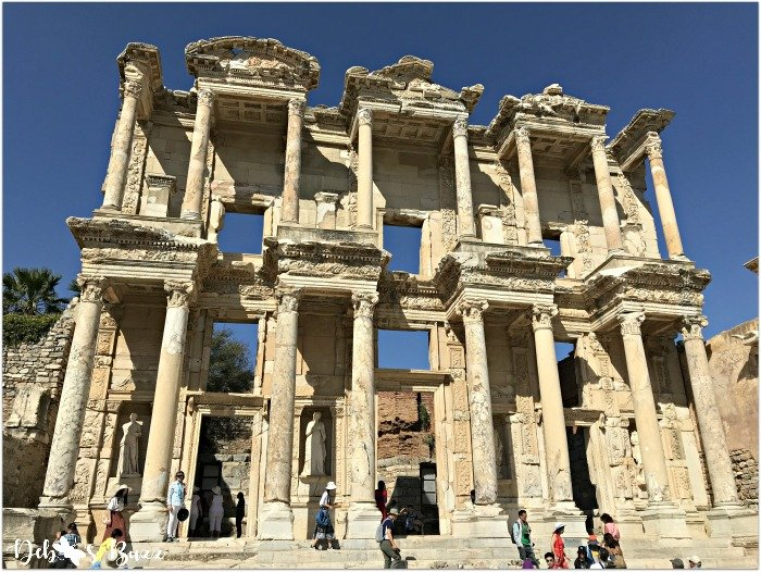 Ephesus-Turkey-Celsus-Library-closeup
